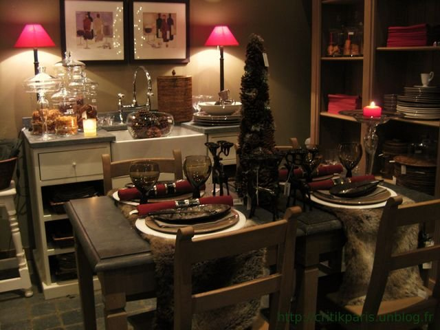 d corations de no l chez flamant rue esquermoise lille sapins et boules de noel peluches. Black Bedroom Furniture Sets. Home Design Ideas