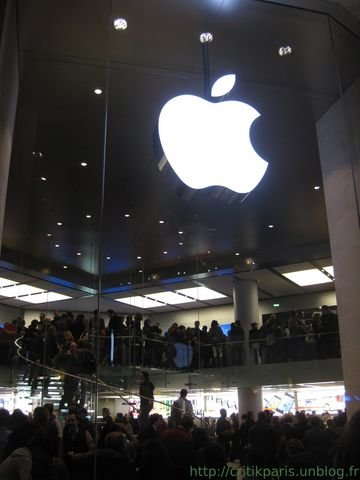 applestoreparis2.jpg