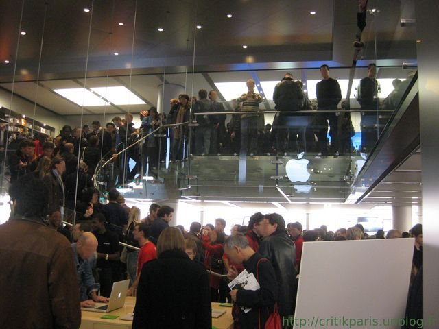 applestoreparis3.jpg