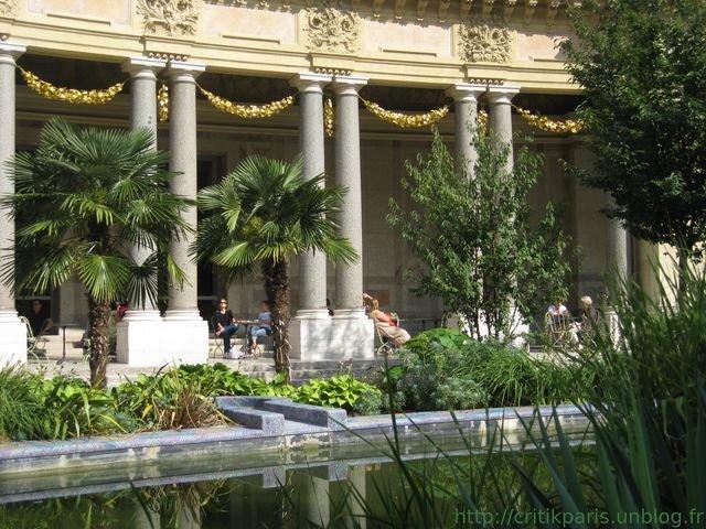 Critique jardin du petit palais caf au soleil for Cafe le jardin du petit palais