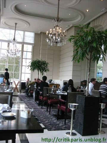 Critique La Veranda Trianon Palace Versailles Gordon