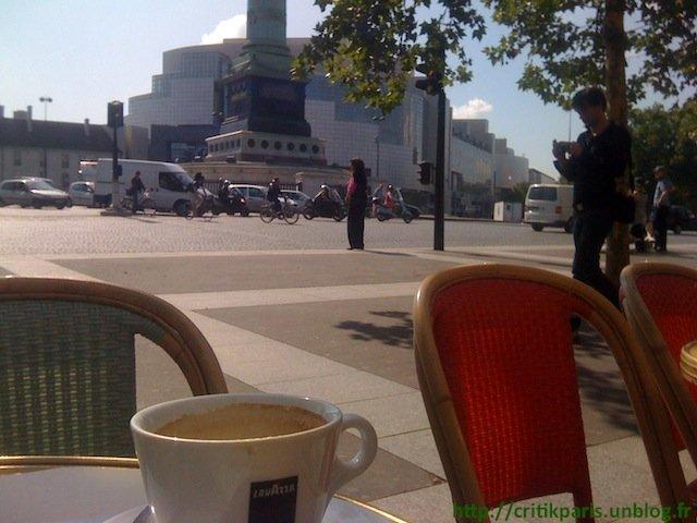 Instant caf caf des phares etape 1 critik paris for Restaurant bastille terrasse