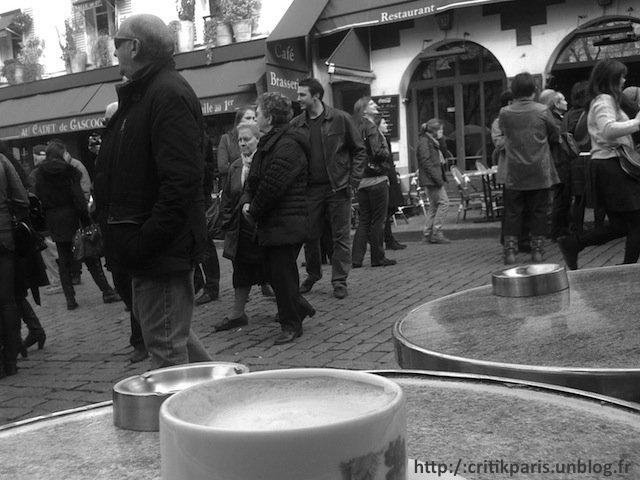 Critique : Au clairon des chasseurs. Place du Tertre. Montmartre. Café cliché. dans Bars & Cafés Au-Clairon-des-Chasseurs-Montmartre