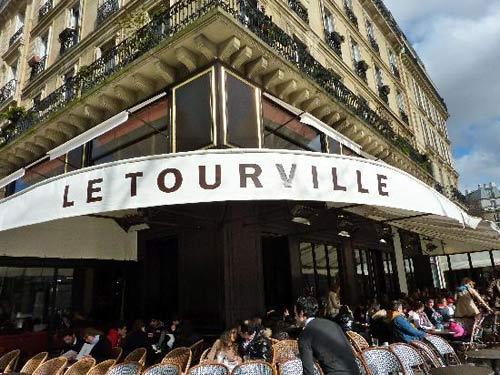 Critique : Café Le Tourville. Belle terrasse, Ecole Militaire. dans Bars & Cafés cafe-le-tourvill