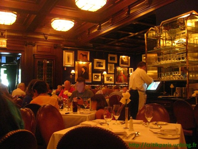 Ralph-Lauren-Restaurant-Chicago-1