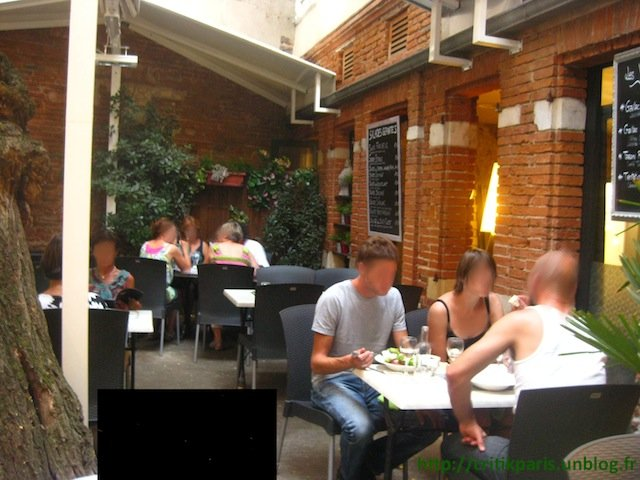 Critique : Le Patio de la Table Ronde. Rue Pargaminières. Toulouse. dans Restaurants la-table-ronde-toulouse-1