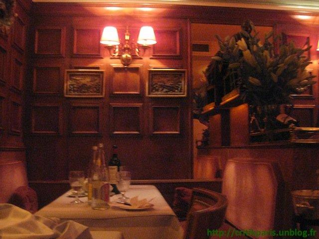 Critique : Le Voltaire, Quai de Seine. Une institution bourgeoise. dans Coups de coeur restaurant-le-voltaire-3