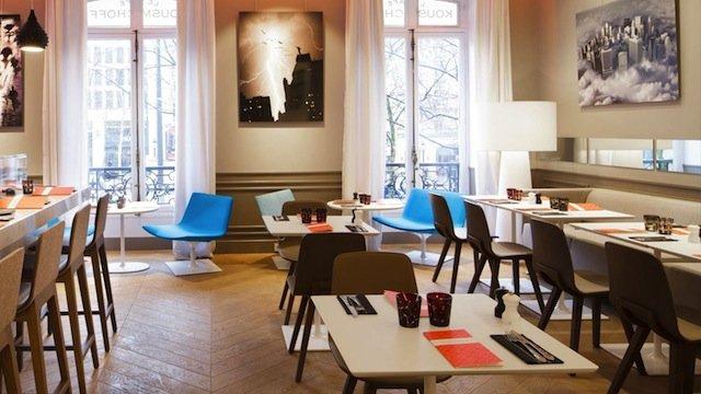 Critique : Café Kousmichoff. Kusmi Tea Champs-Elysées. dans Branché cafe-kousmichoff-1