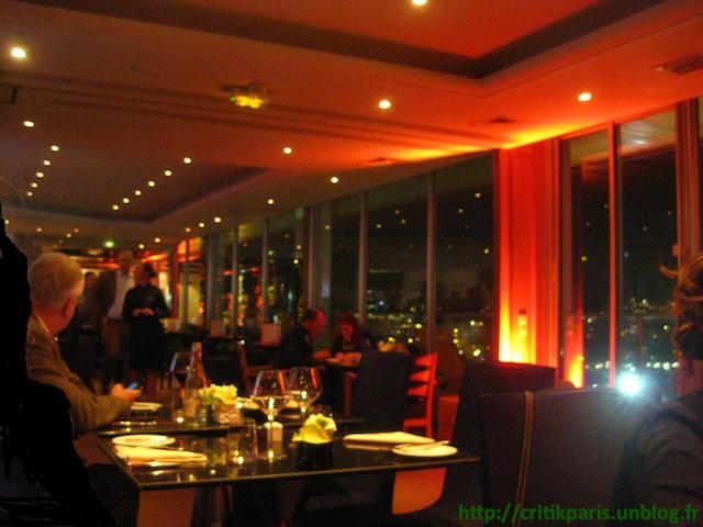 pullman-tour-eiffel-180-only-2 dans Restaurants