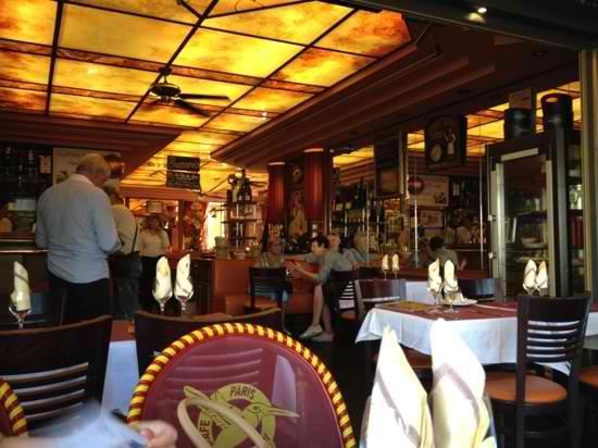 Critique : Le Colibri. Place de la Madeleine. Le PMU chic. dans Restaurants le-colibri-madeleine