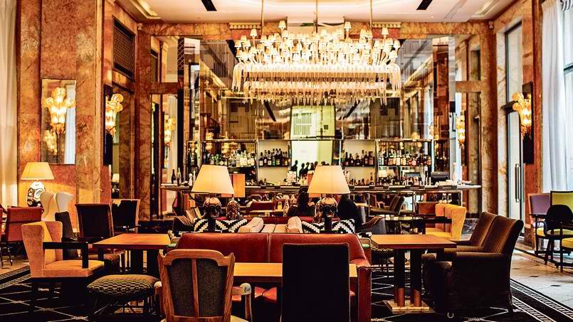 Critique : Bar Les Heures - Hôtel Prince de Galles. dans Bars & Cafés prince-de-galles-2